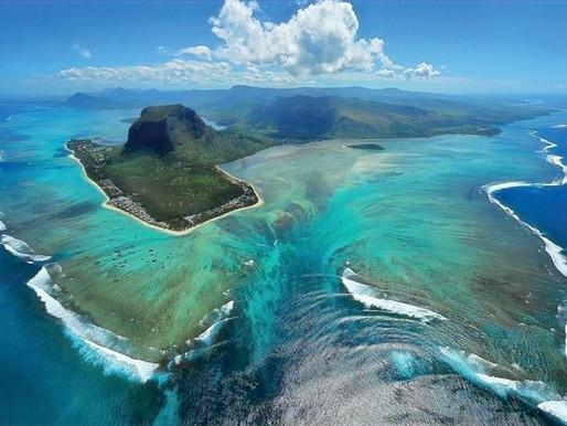 La cascade sous-marine de l'Île Maurice