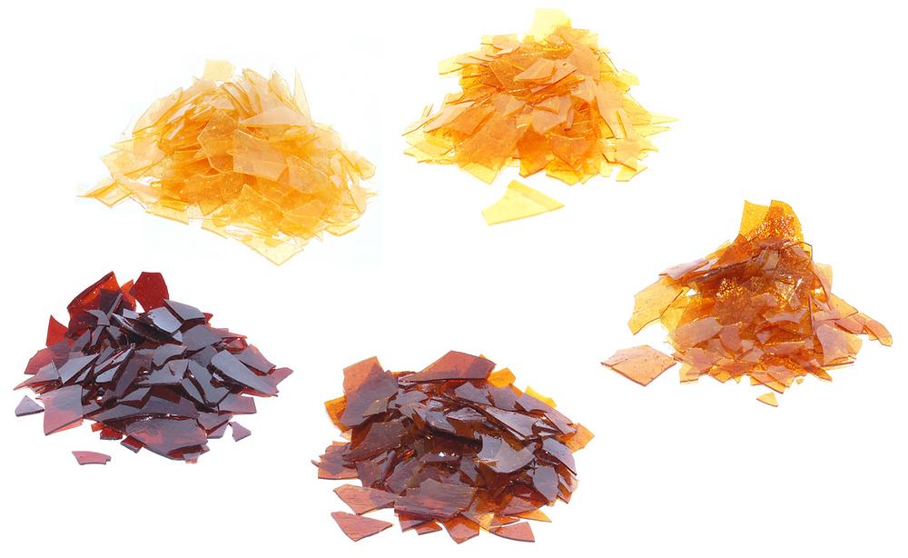 Various shellac flake samples