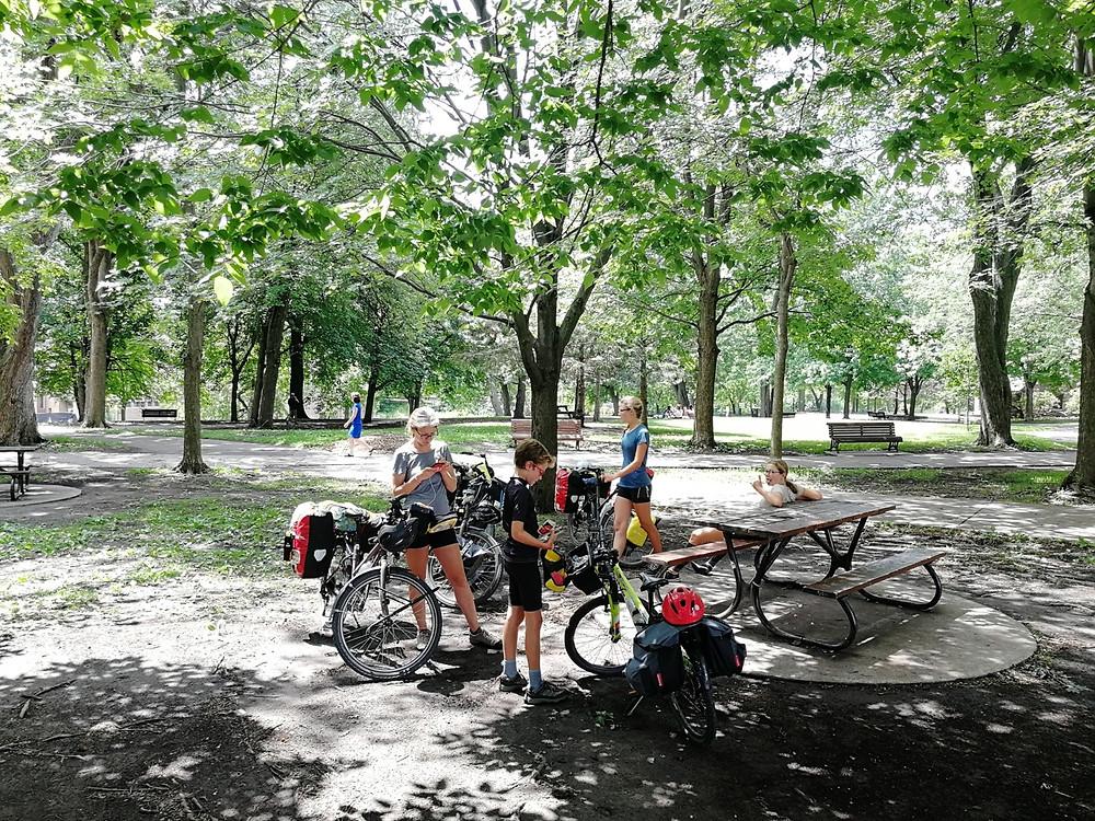 Tour du monde à vélo en famille Canada Montréal
