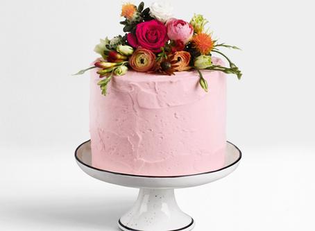 Fruchtig, vegane Himbeer-Schlagcreme-Torte