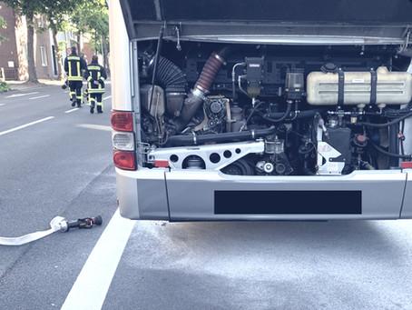 Brand eines Linienbusses endet glimpflich
