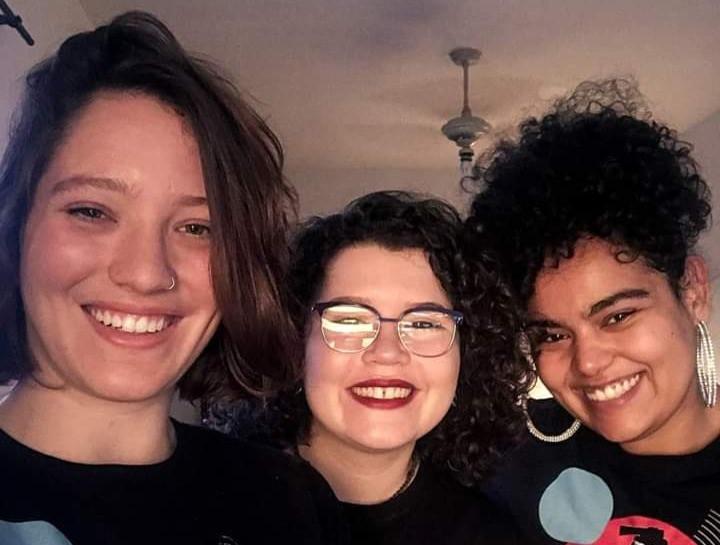 Integrantes da Agência Cative! Da Esquerda para direita: Julia, Isis e Mari | Fonte: Acervo Pessoal