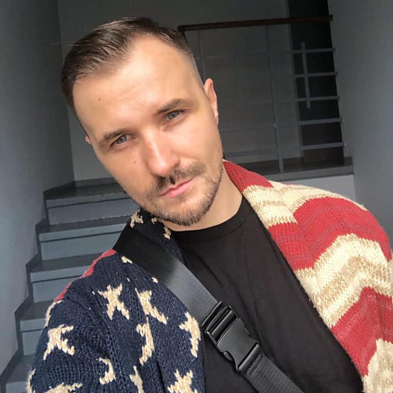 Maciek Smoliński, zdjęcie z profilu instagramowego wokalisty