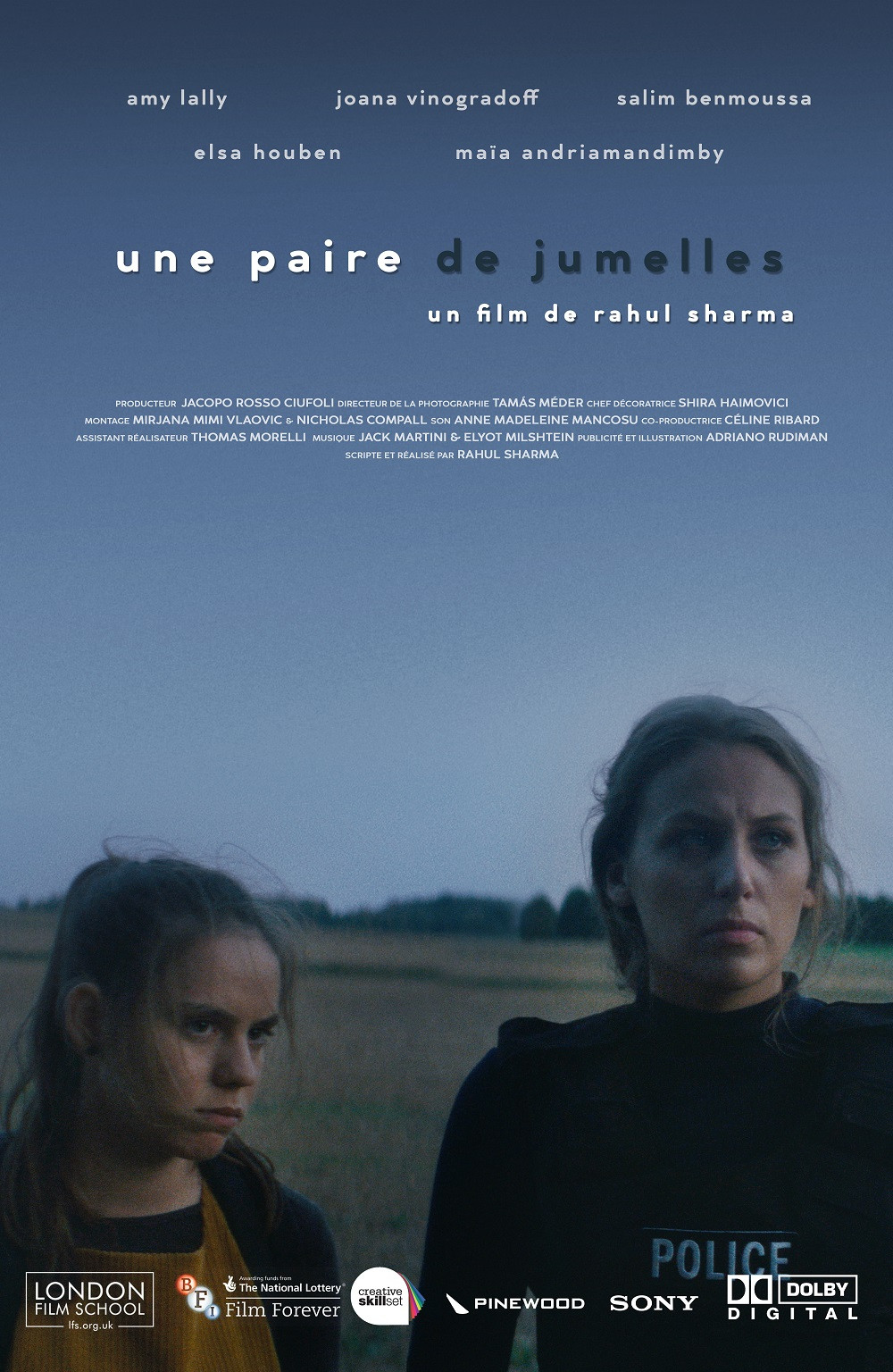 Une Paire De Jumelles (AKA The Binoculars) movie poster