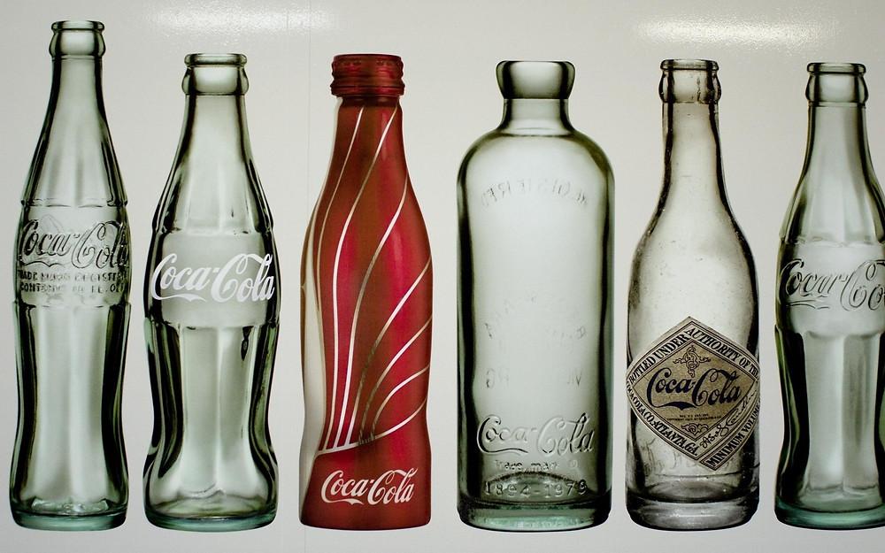 Anuncio de Coca-Cola: Botellas.