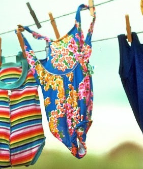 Microfiber Pollution: from our Swimwear to the Ocean