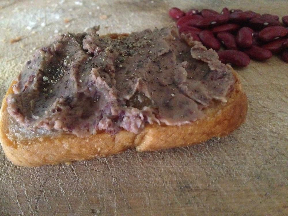 Leberwurst vegan #Brotaufstrich pflanzlich #Bohnenaufstrich #herzhaft #DIY Aufstrich vegan