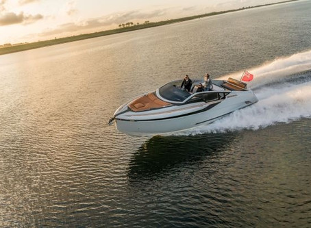 Fairline Yachts Announces Debut of the Stunning F//LINE 33 at Salon Privé