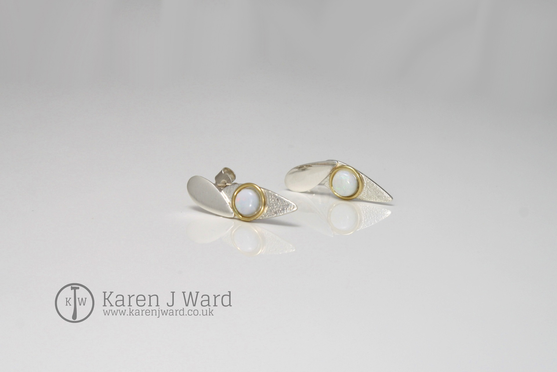 OPAL EARRINGS 18K GOLD STERLING SILVER AND OPAL A PERFECT COMPLEMENT FOR THE LABRADORITE AND OPAL PENDANT ANT