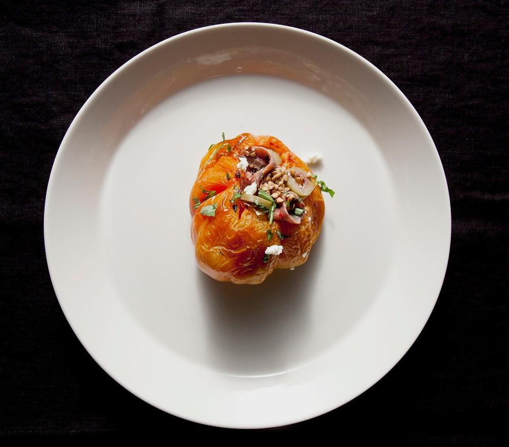 grikiais, ančiuviais ir feta įdaryti pomidorai, VMGonline.lt
