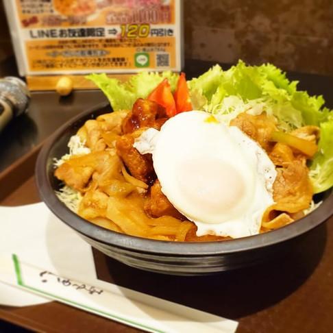 インターネットカフェ「コローレ」の絶品フードメニュー!~元祖メガ丼~