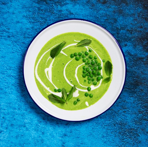 Gaivu, greita, lengva: pertrinta žaliųjų žirnelių sriuba