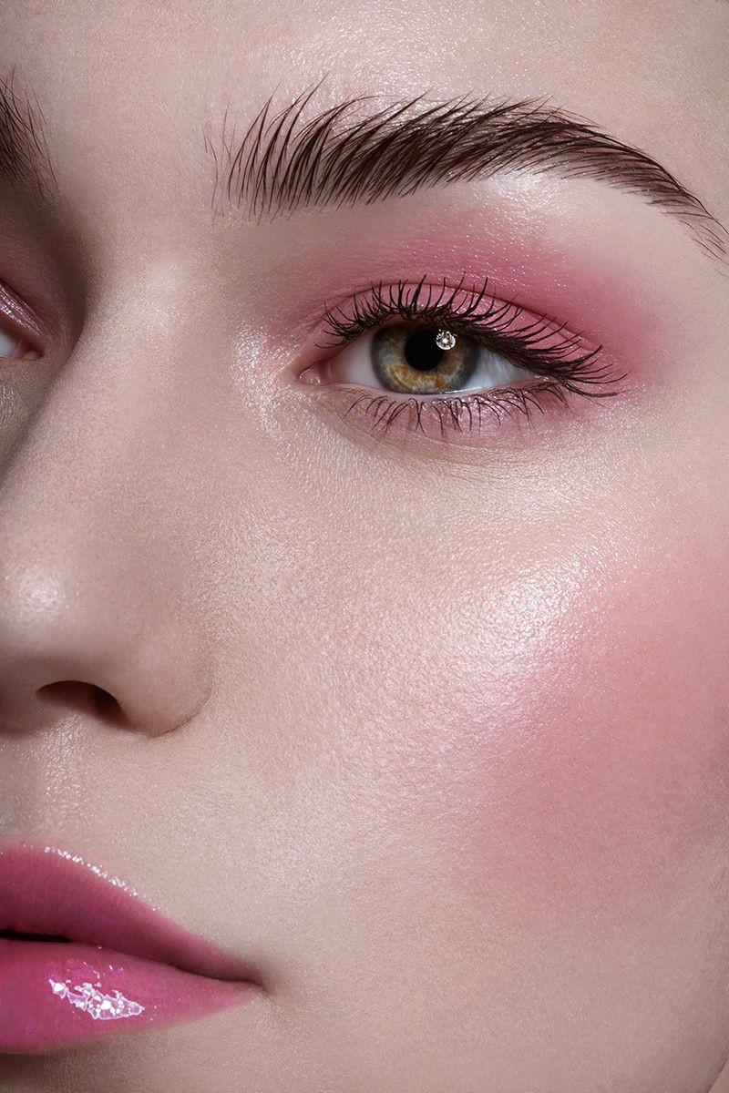 pink blush, blush rosado, tendência de maquiagem 2020.