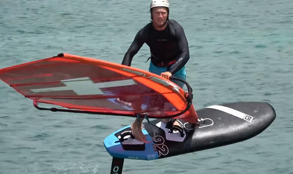 Balz Müller freestyle foiling