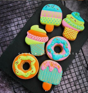 DYO (DESIGN YOUR OWN) COOKIES WITH THE COOKIE PROJECT