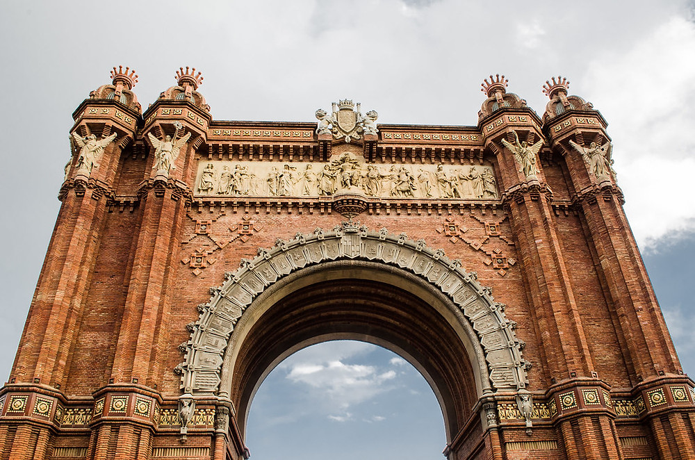 the Arc de Triunfo