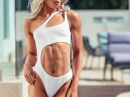 10 BENEFITS OF A STRONG CORE & TOP 10 TIPS TO ABS