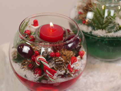 Holiday Gel Candles Now on Sale! The holidays are fast approaching. I have Holiday Candles in stock