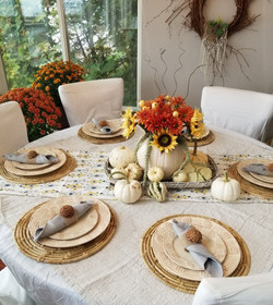 Thanksgiving Table for 6