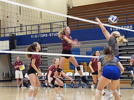 Allred leads Lady Wildcat to a volleyball victory against Karns