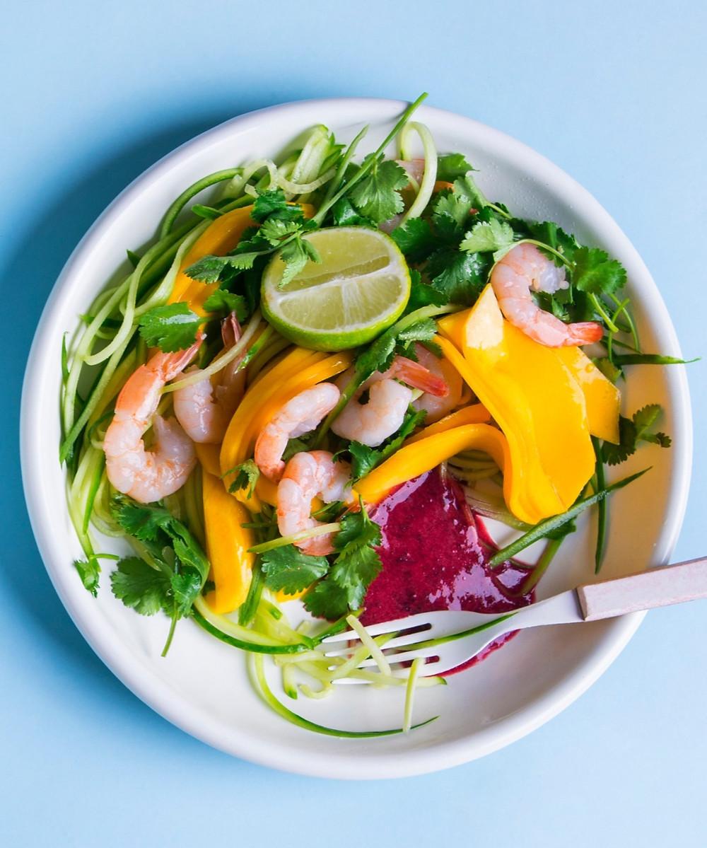 Agurkų ir krevečių salotos azijetišku stiliumi, krevetės, salotos su krevetėmis, Alfo Ivanausko receptai