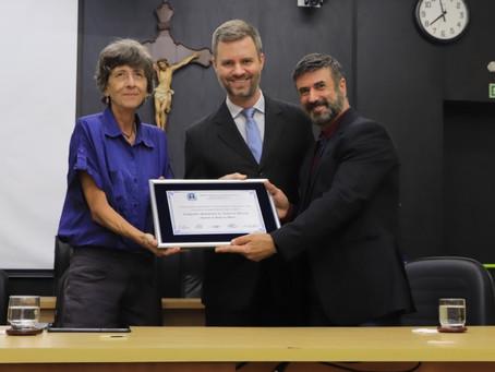 Companhia Polichinelo de Teatro de Bonecos recebe Diploma de Honra ao Mérito