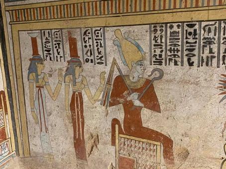 Грабители и гробница Туту