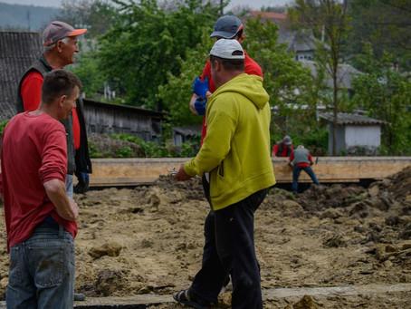 Love Moldávia: Construção