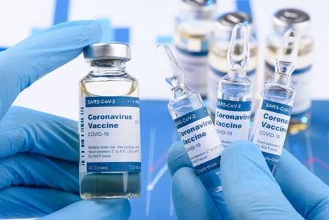 Covid: Brasil decide entrar em aliança internacional por vacina