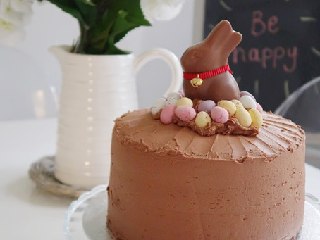 The Easiest Ever Fake It Bake It Easter Chocolate Centrepiece Cake!