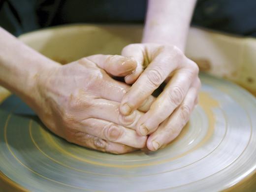 SOS droge handen
