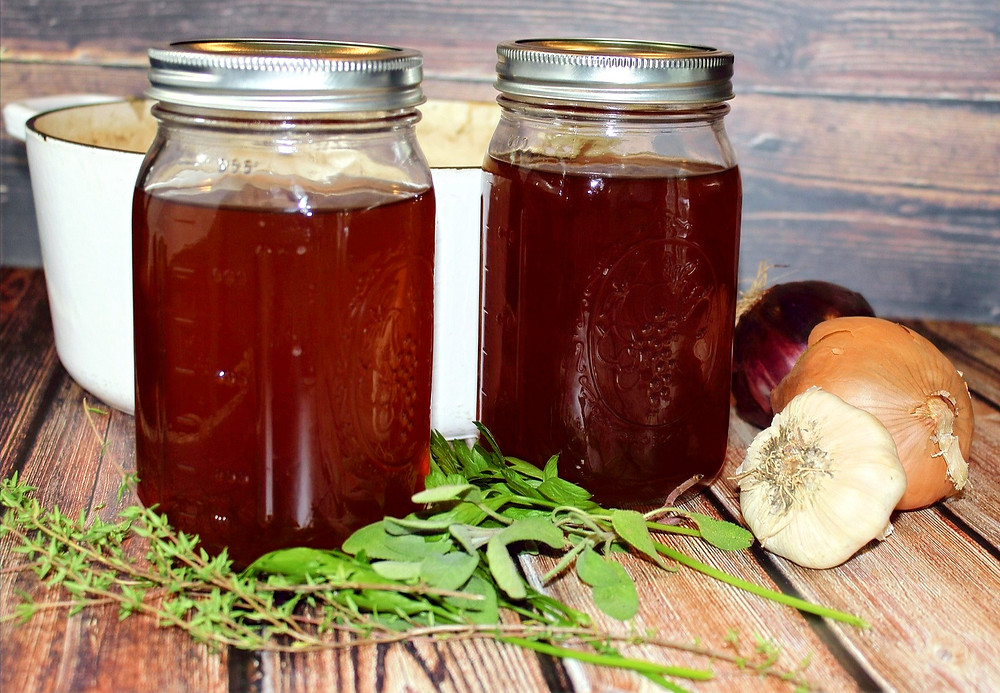 Vegetable broth made from leftover vegetable scraps