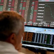 Capital estrangeiro sai da Bolsa em maior ritmo desde 2008