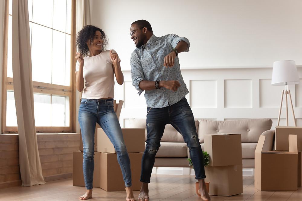 Happy New renters dancing