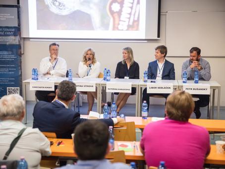 Do Česka přišla móda rodinných ústav