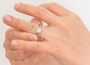 4 Ways To Remove A Ring That's Stuck