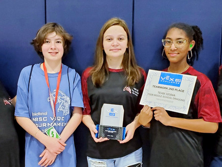 Deaf Middle Robotics Team Competes in Texas