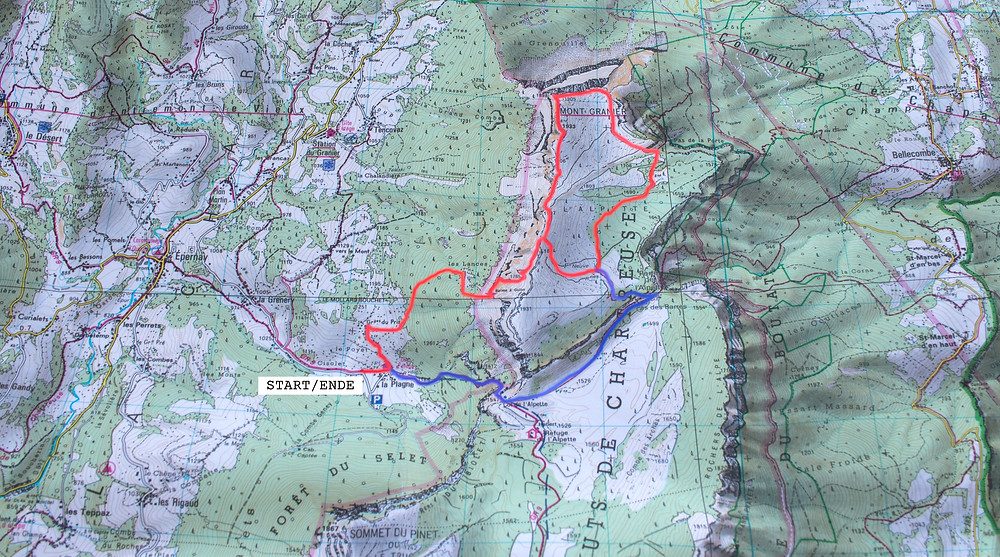 Hiking carte from the Chartreuse regional park showing the Mont Granier hike