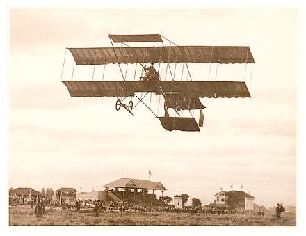 1911 - Magnificent Mid-Sussex aviators fly over Burgess Hill and land in trouble at Haywards Heath