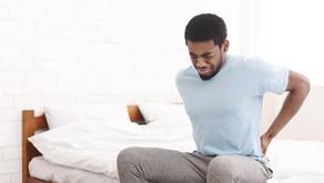 Excesso de repouso pode ser o vilão das dores nas costas