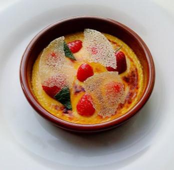 Gratin de fraises, miel de Tilleul et menthe