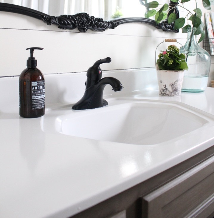 Paint Your Bathroom Counter Top