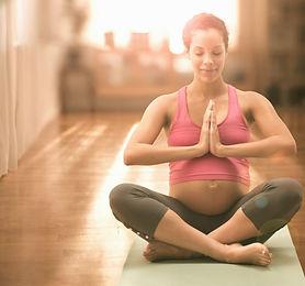 cours collectif de yoga prénatal à Arlon
