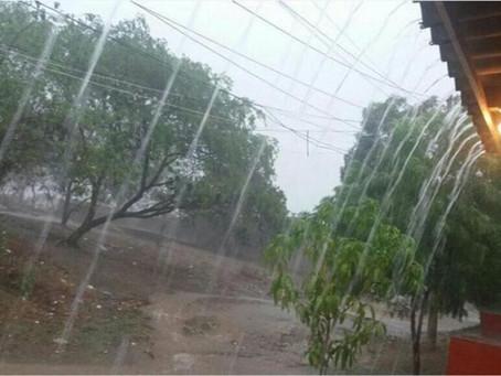 Tras cinco horas de lluvias, reportan emergencia en tres barrios de Sabanalarga