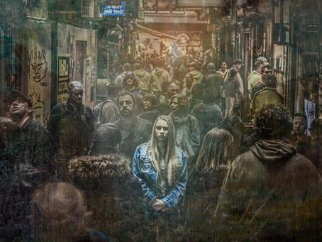 Een gezicht in de menigte