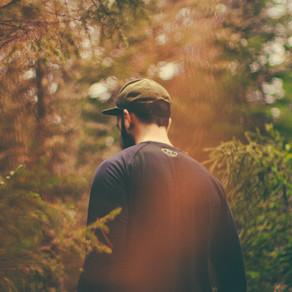 Les 8 étapes à suivre si on se perd en forêt