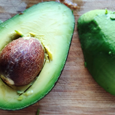 Five Reasons Why Avocados, Flesh and Seeds Are Good for You!