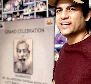 Megastar Aazaad signed his next mega ventures Jayatu Sanskritam and Uttishtha Yudhaswa Bharat
