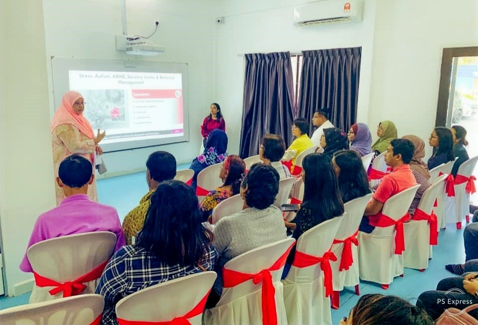 """International Medical University (IMU) together with Louis Center for Children with Special Needs conducted a workshop on, """"Identifying and Treating Autism, ADHD and Sensory Issues"""""""