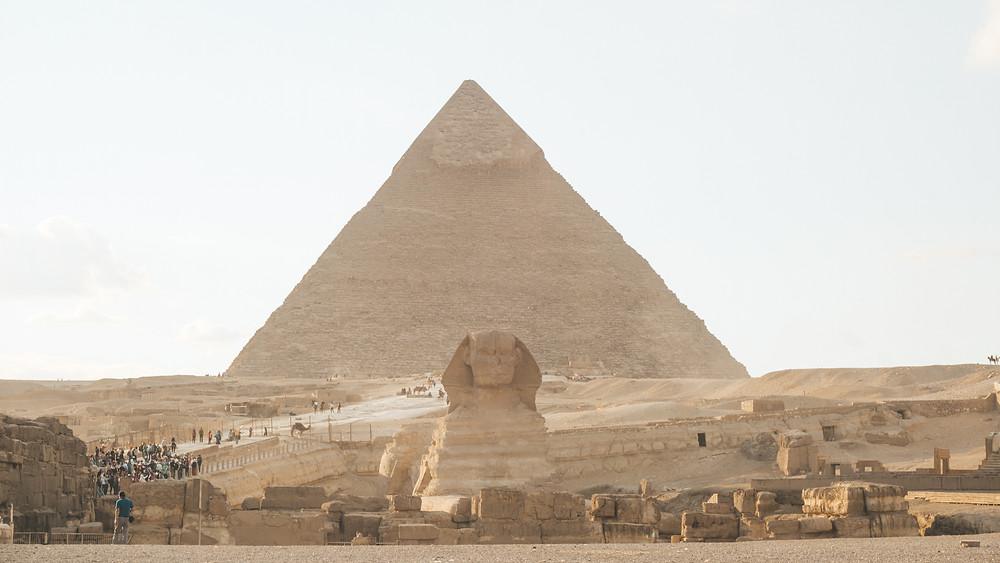 pyramid giza camel egypt cairo great sphinx